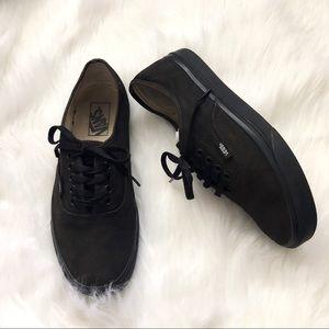 [Vans] Classic Black Sneakers